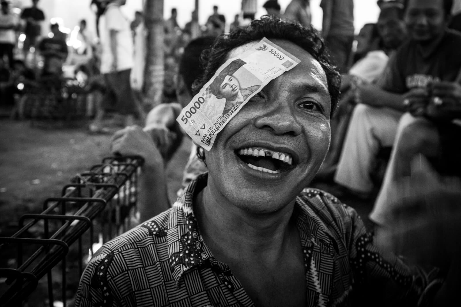 Peniaze a zmenrn na Bali BlazeTrip